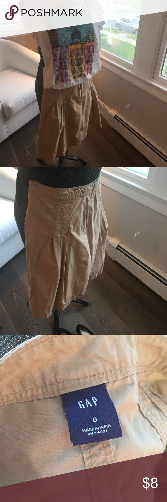 Khaki A Line skirt Khaki A Line skirt. Pleated 3/4 way around; full skirt. Pair with a fun T-shirt for a casual look or a cardigan sweater for work. GAP Skirts A-Line or Full