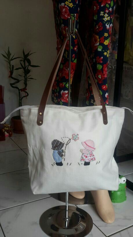 Billy and Sue Patchwork on Canvas Bag.. ^^