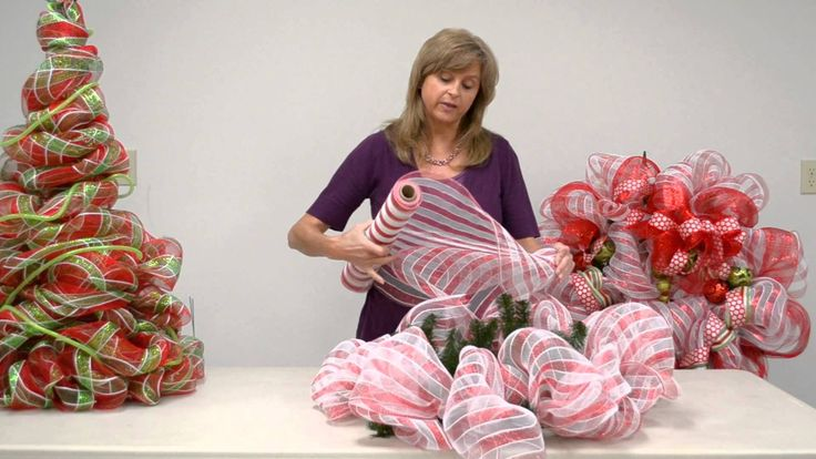 Learn how to make a Geo Mesh Wreath with Kristen Elliot. All materials for this tutorial can be found at our Ben Franklin Crafts and Frame Shop store in Monr...