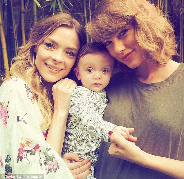 'She's amazing!': Jaime King gushed about Taylor Swift being a godmother to her 16-month-o...