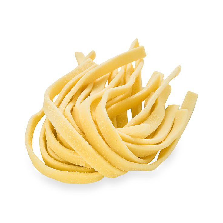 Cucinare è un modo di dare. [Michel Bourdin] #Poggiolini #pasta #pastafresca #quote