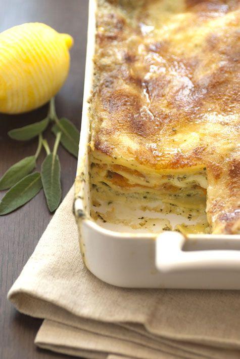 Lasagne di Primavera: mozzarella, Grana Padano, zucca e salvia. Il tutto al profumo di limone.