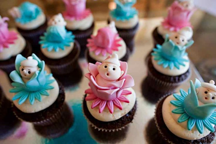 Baby Flower Cup Cakes