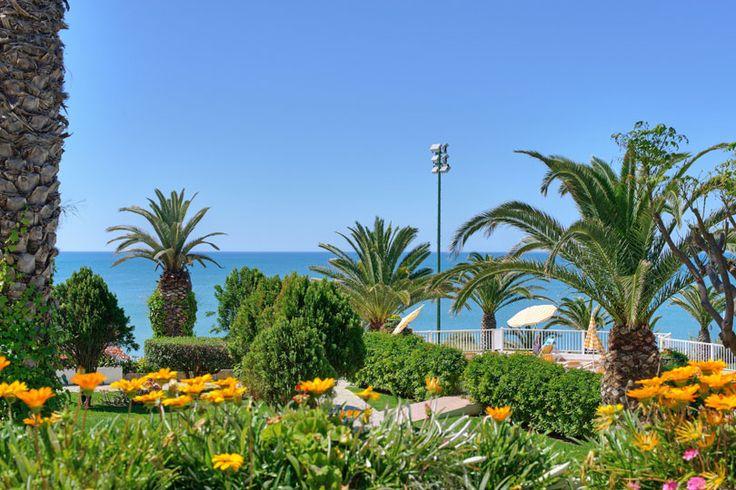 Clube Praia da Oura #gardens #seaview #Portugal #MGM