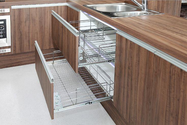 Escorredores de louças embutidos em armários- veja como deixar sua cozinha sempre arrumada! - DecorSalteado