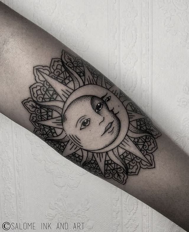 I Like The Sun Inside Of The Mandala Without The Creepy
