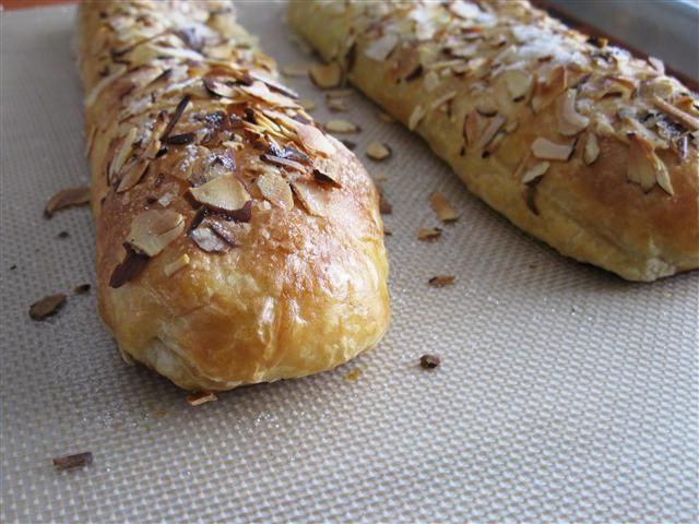 Banketstaaf (Dutch Christmas Log or Marzipan-Filled Puff Pastry)