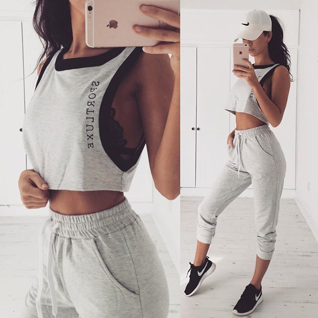 That Sportluxe goodness in the Gigi Sport Top and Candice Sport Pants available at @saboskirt | @bethanymoore