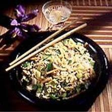 Wokade grönsaker och nudlar