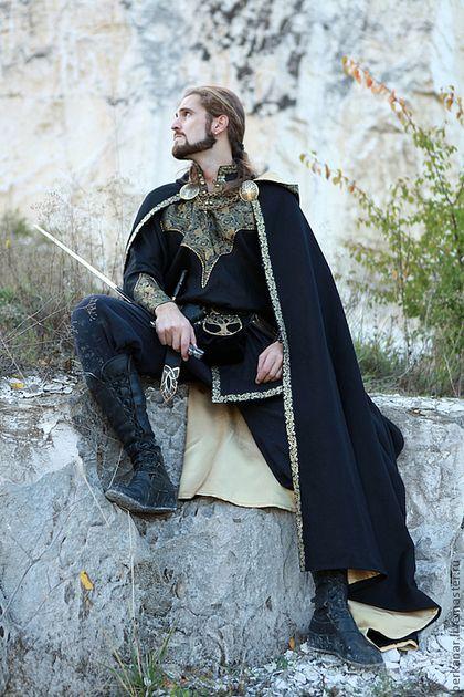 """Для мужчин, ручной работы. Ярмарка Мастеров - ручная работа. Купить Средневековый плащ """"Рыцарь Запада"""". Handmade. Черный, шерсть"""