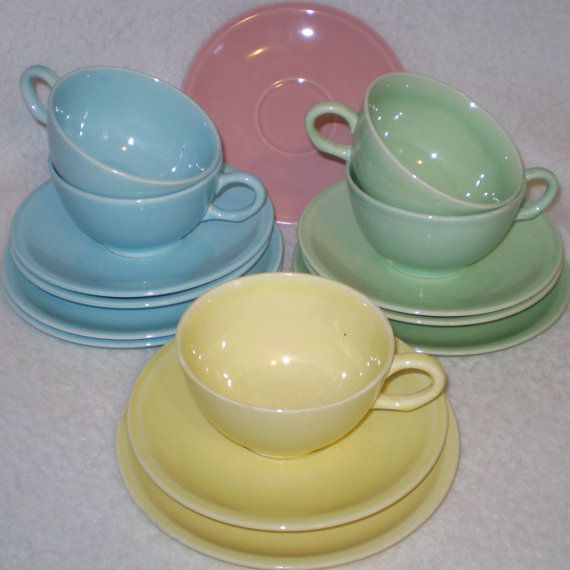 Antique Pastel Dishes | 15 Piece Midcentury Pastel Dishes- Shenandoah dishes- cups saucers & 14 best Vintage pastel dinnerware images on Pinterest | Dish sets ...