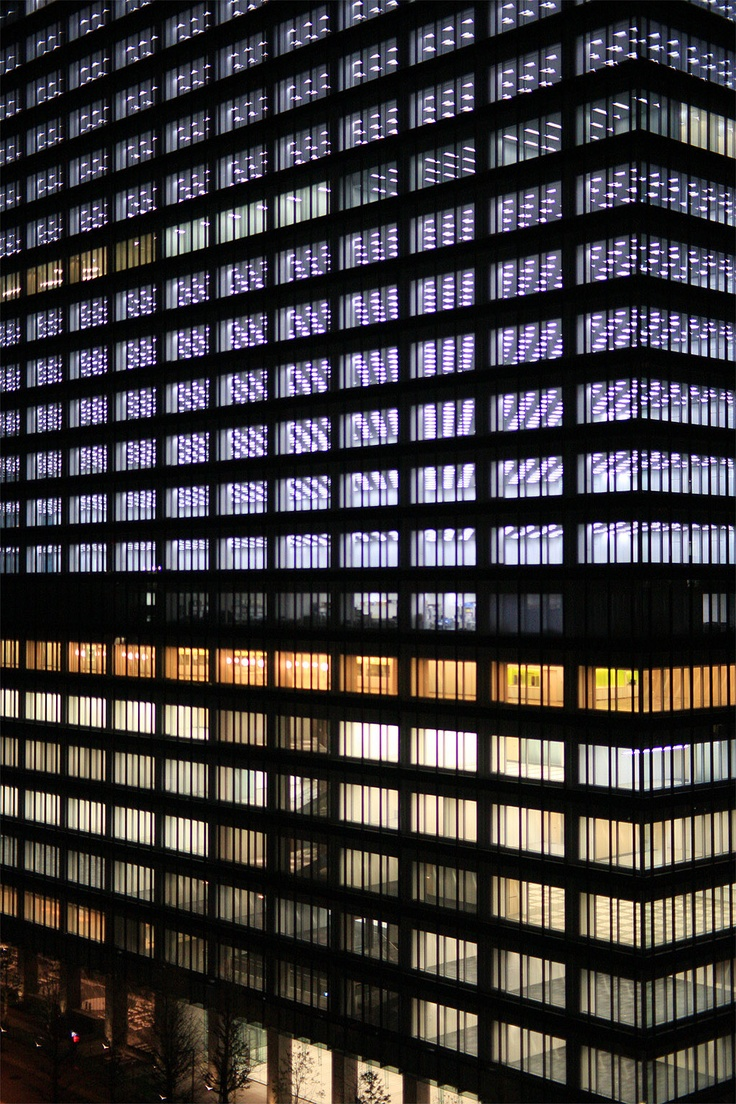 via SOLID SPACE.Architecture Buildings, Offices Life, Architecture Lights, Offices Shots, Artitecture Architecture, Modern Buildings, Windows Screens, Tokyo Lights, Architecture Ideas
