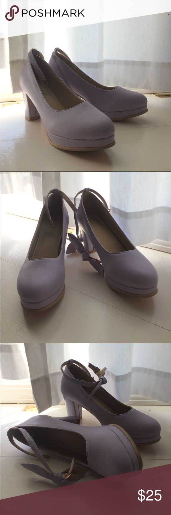 Lilac heels with bows Light purple heels with bows. Not urban outfitters. Really comfy shoes. No scratches. Never worn. Just selling them because I was accidentally given two Urban Outfitters Shoes Heels