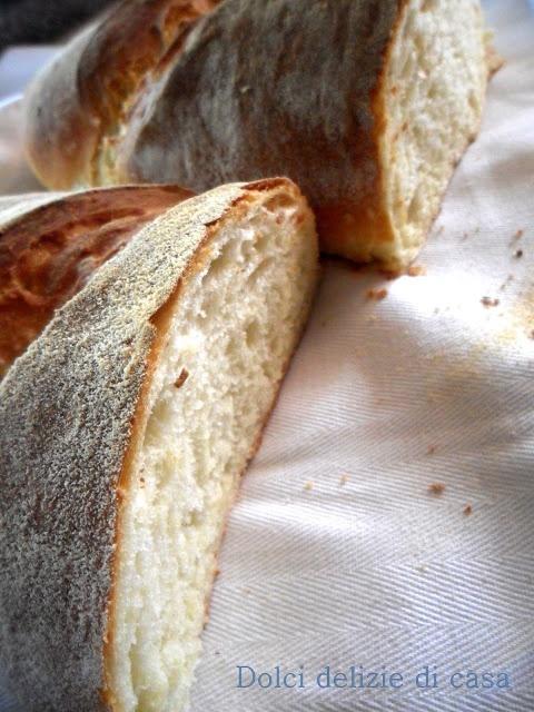 Dolci delizie di casa: Pane di semola con crosta croccante,un amore a prima vista!!