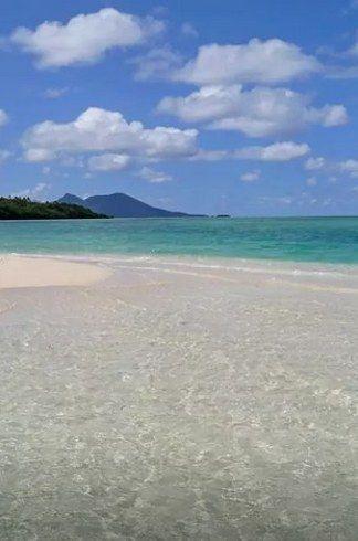 7. Kakula Breeze, Port Vila, Shefa Province, Vanuatu   Dude, You Can Actually Rent These Entire Islands On Airbnb