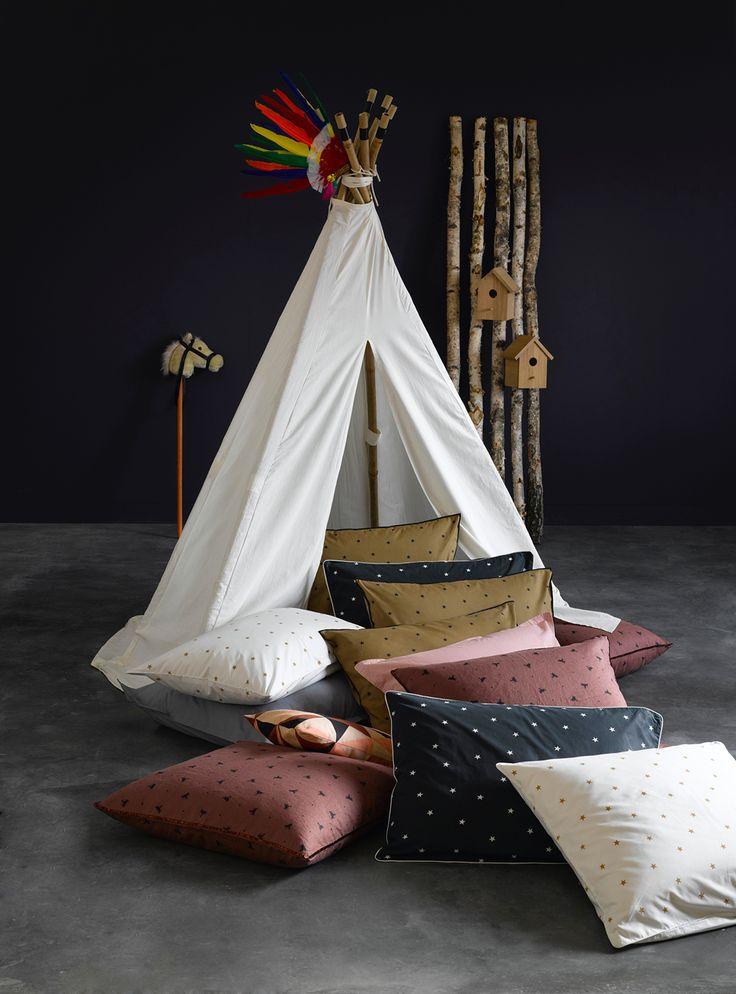 25 best kids indoor tents ideas on pinterest indoor tents tee pee and diy tent. Black Bedroom Furniture Sets. Home Design Ideas