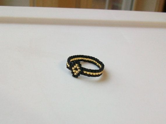 Black and Gold Diamond Beaded Band Ring  Size 8 by mswolflady, $10.00