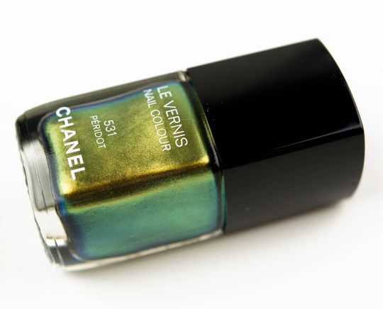 Chanel Peridot Le Vernis / Nail Lacquer Review, Photos, Swatches, Dupes