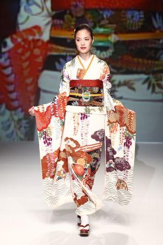 2012 S/S | Yukiko Hanai | Mercedes-Benz Fashion Week TOKYO