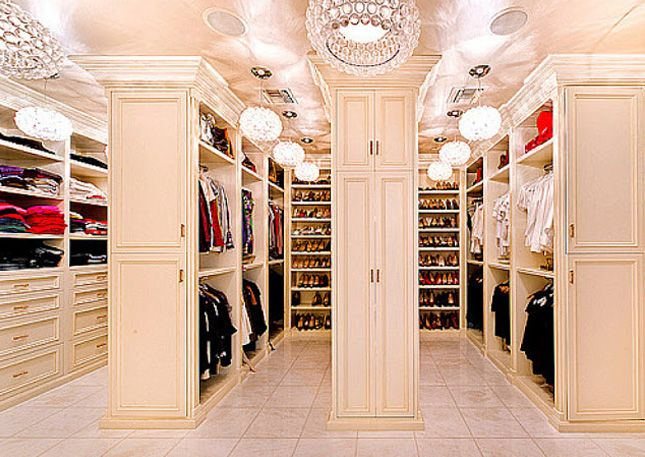 This celebrity closet is AH-MAZING.
