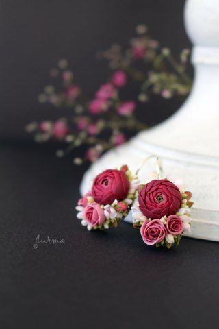 Jurma. Denna kvinnan är jätteskicklig! Perfekta små blommor i perfekta färgsättningar