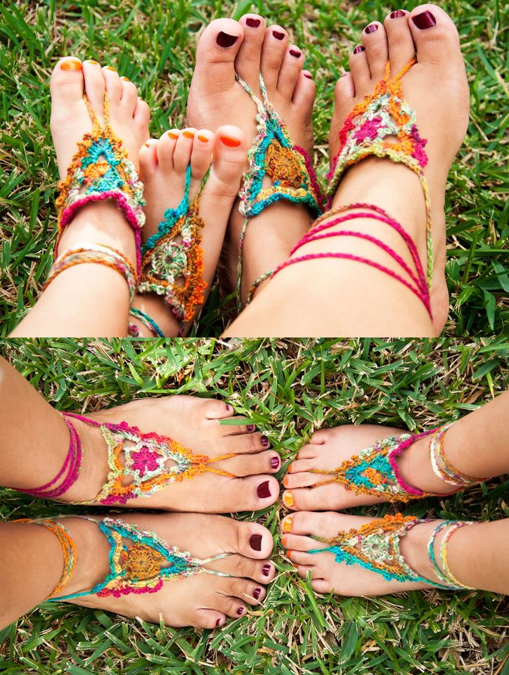 LOVE!!! Found an amazing Crochet Pattern for FREE Goddess Barefoot Sandals thank you so much Julie for making a free option :-) Pattern: http://www.gleefulthings.com/blog/?p=4186 ༺✿ƬⱤღ https://www.pinterest.com/teretegui/✿༻