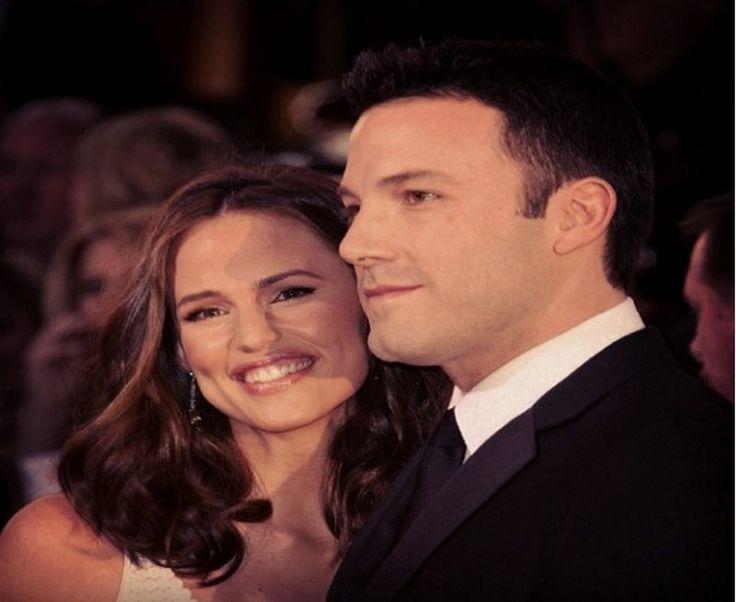 Ben Affleck, Jennifer Garner Back Together? Sleeping in Same Room? - http://www.australianetworknews.com/ben-affleck-jennifer-garner-back-together-sleeping-room/