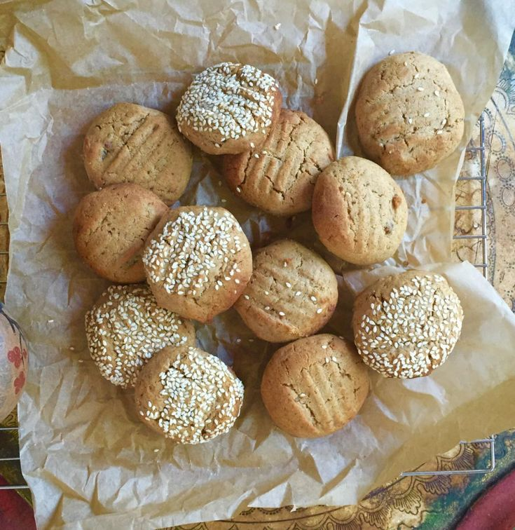 Chai, date and sesame biscuits