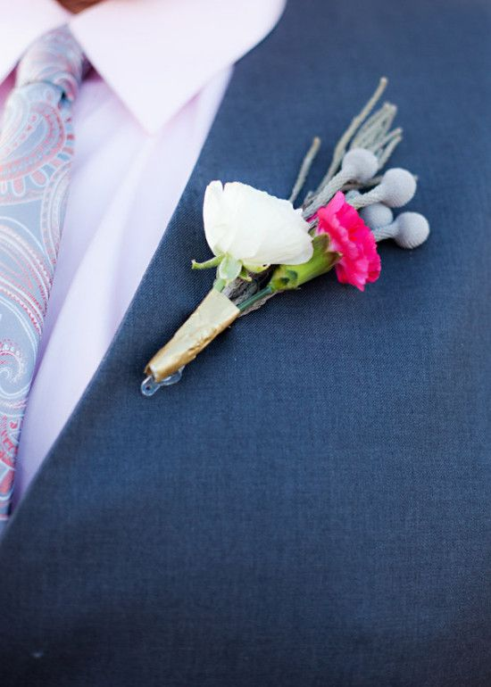 White and pink boutonniere for the groom and his men. #weddingchicks http://www.weddingchicks.com/gallery/wedding-sign-palooza/