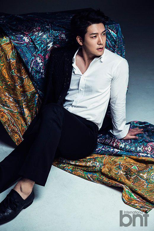 صور Jo Hyun Jae لمجلة Bnt International