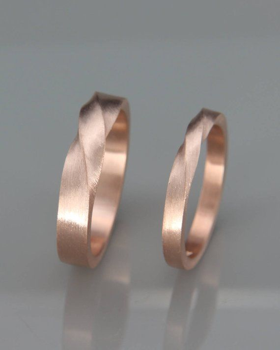 Matching Mobius Wedding Bands | His and Hers Mobius wedding rings set | 14k Rose Gold Mobius Wedding Bands set | Couples wedding bands
