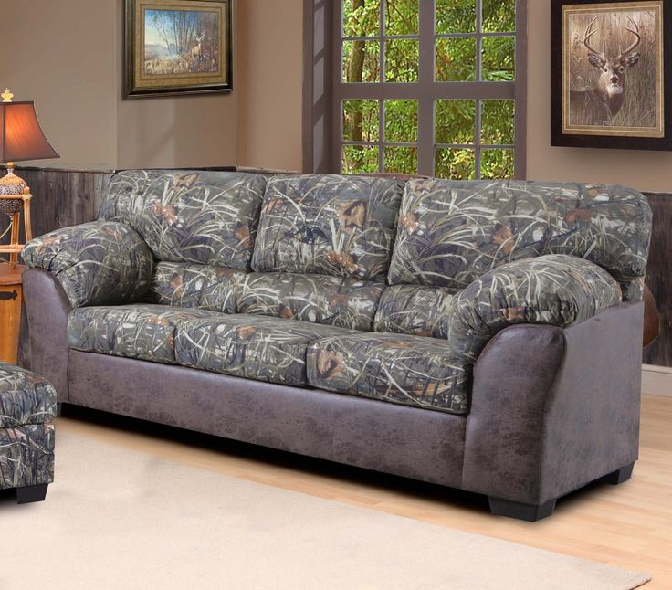 Duck Commander Sofa In Camouflage Fabric The Duck Commander Furniture Line Includes Recliners