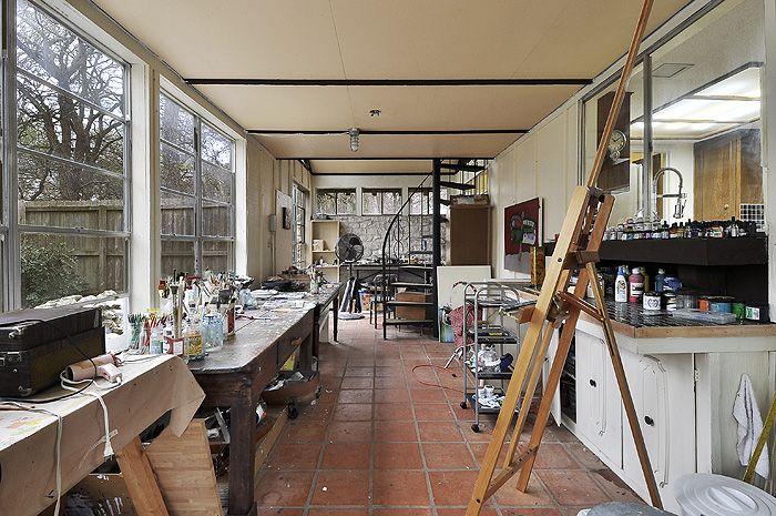 Art Studio Loft Apartment