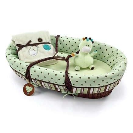 And the winner is...Piccolo Bambino Moses Basket 6 Piece Set Green.: Kids Places, Is Piccolo Bambino, April Shower, Bambino Moses, Harpers Michelle, Favorite Recipes, Baby Shower, Kids Rooms, Baby Stuff