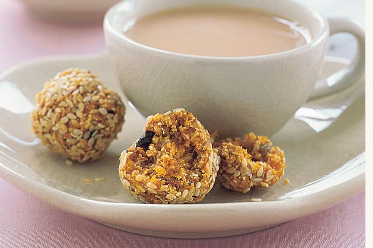 Now you can enjoy a guilt free treat with these apricot and muesli sesame balls - theyre low in GI and low in fat.http://www.taste.com.au/recipes/2487/apricot+and+muesli+sesame+balls