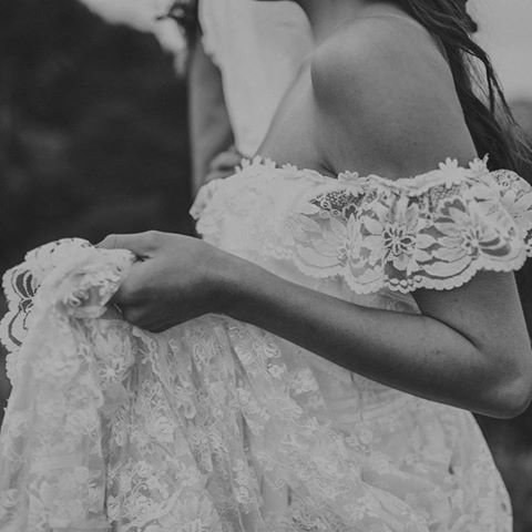 Just a girl in love wearing a 1960's vintage heirloom wedding dress #nobiggie #sigh #soromantic 🌿