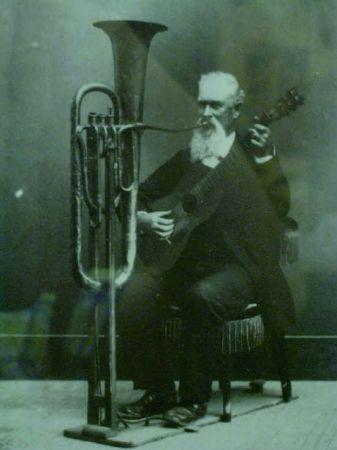 One man band #tuba #guitar #rareandstrangeinstruments #instruments #music
