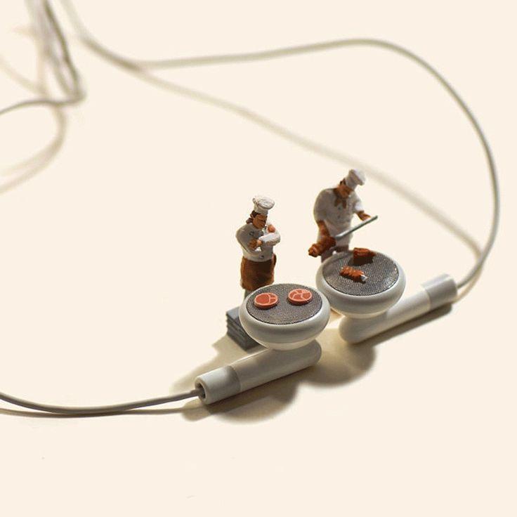 Fotografias en miniatura de Tatsuya Tanaka.Parrillada de auriculares