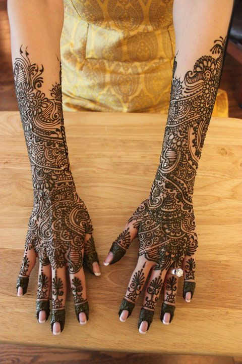 Absolutely stunning bridal designs here, i love it <3