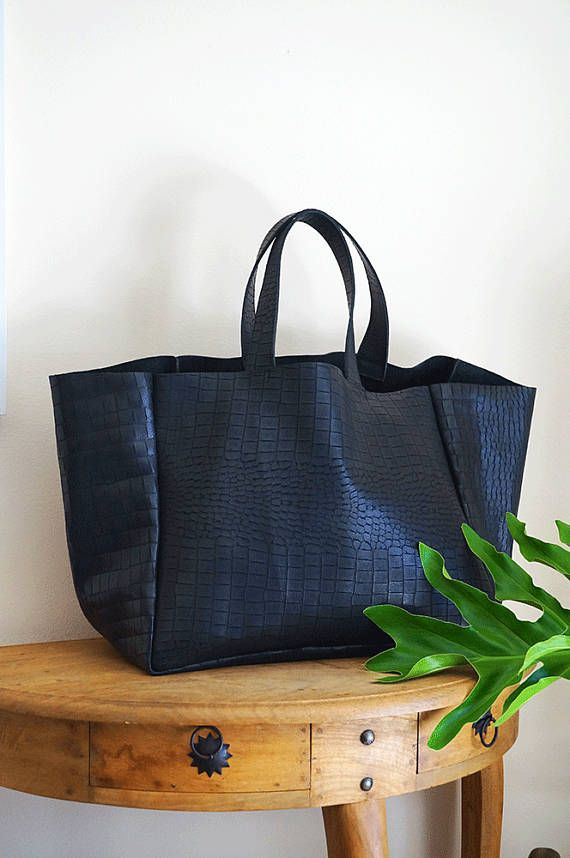 25  Best Ideas about Black Leather Tote Bag on Pinterest ...