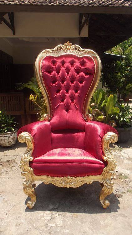 Best 12 fauteuil baroque rouge vente ou location images for Vente ou location