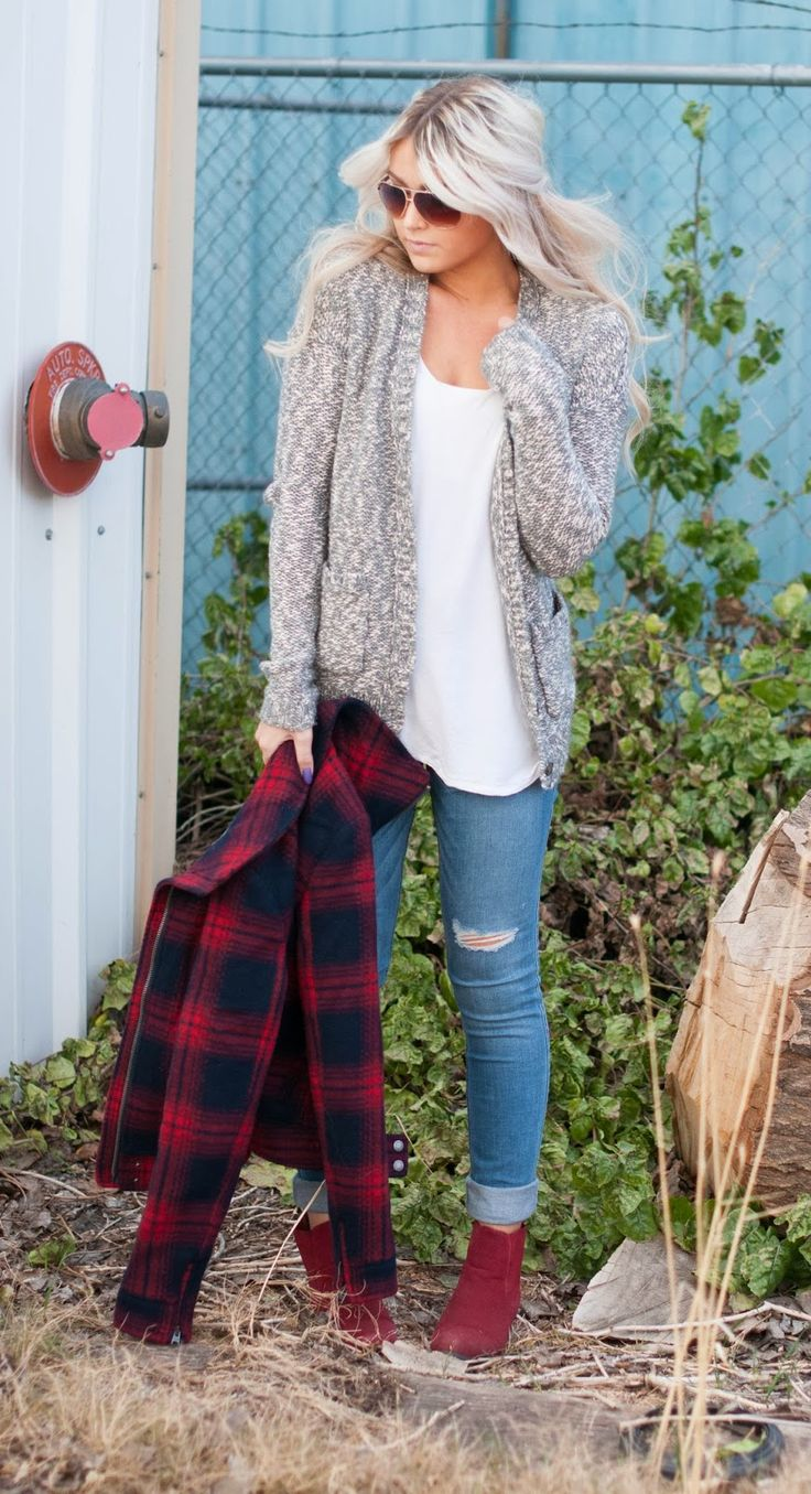 cozy sweater & flannel jacket & distressed denim & ankle boots #abercrombie #caraloren
