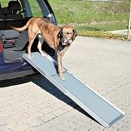 Lätt, smidig och tålig hundramp i aluminium och hårdplast. Justerbar längd 100-180 cm, passar även lite högre bilar. Maxbelastning 120 kg.  En hundramp som passar de flesta hundar och bilar.