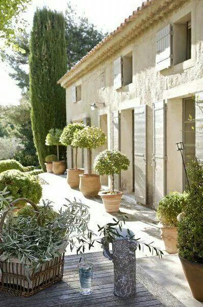Provence - ma villa en provence - location de villas avec piscine en Provence www.mavillaenprovence.com house