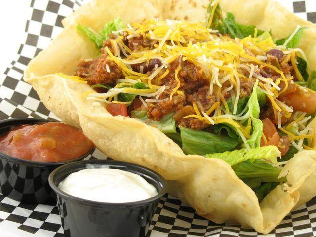 How do I Make Taco Salad Bowls From Tortillas?