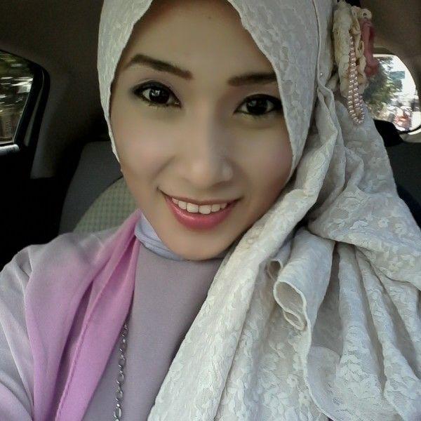 #purple #hijab #ootd