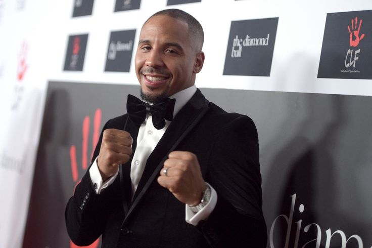 HBO Boxing purses: Ward $1.85 million, Barrera $450,000...      Andre Ward's return to HBO will net him a purse of just under $  2,000,000 against fellow undefeated fighter Sullivan Barrera. HBO's World Championship Boxing returns tonight with a light heavyweight main event between Andre Ward (28-0, 15 KOs) and Sullivan Barrera (17-0, 12......http://bit.ly/1XVaGMt