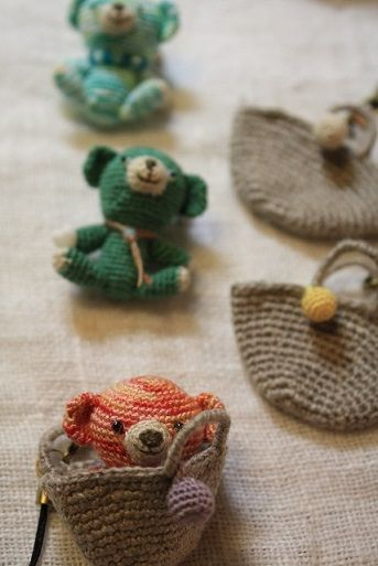crochet amigurumi ༺✿ƬⱤღ https://www.pinterest.com/teretegui/✿༻