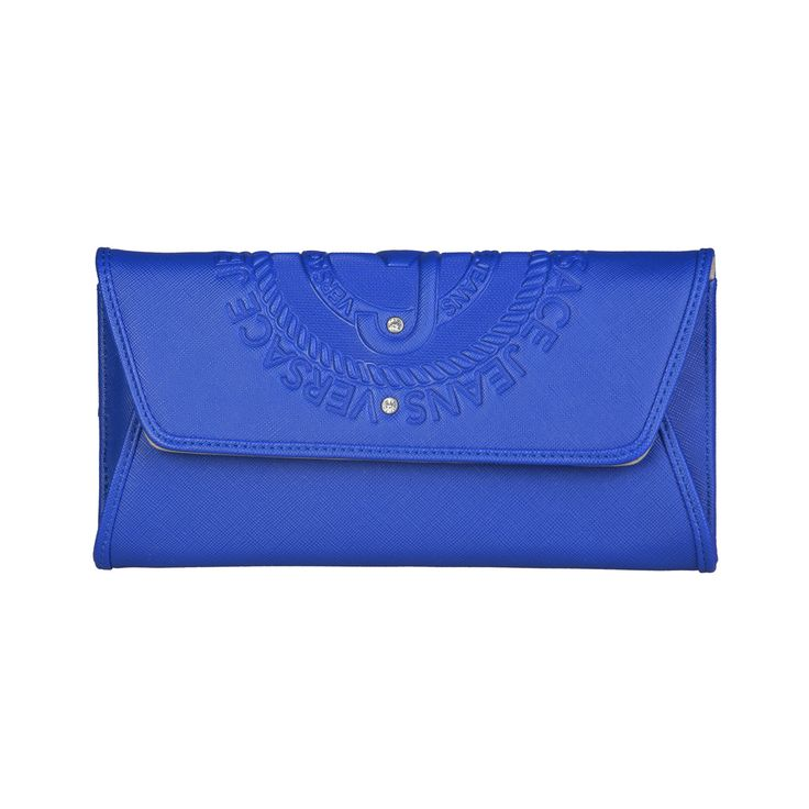 Versace Jeans – E3VPBPA3_75600   Clutch eco-leather has removable shoulder strap, magnetic fastening. Inside it, there are zipped pocket, credit card holder. It is of size 21,5*11*4 cm.  https://fashiondose24.com