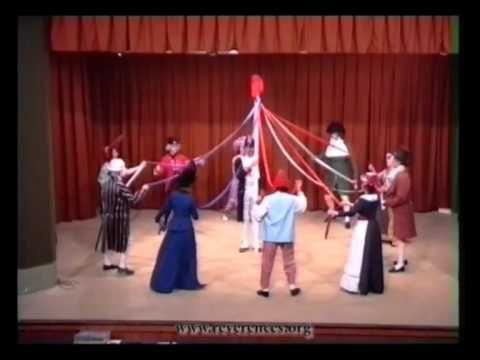 Compagnie Révérences : danse révolutionnaire la Carmagnole - YouTube